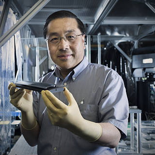 NASA's Mirror-Making Whiz, William Zhang, Wins Goddard Technology Award