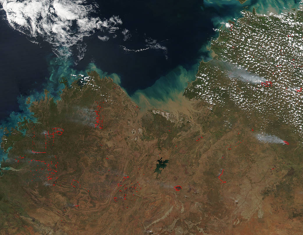 Suomi NPP satellite image of firest across Northern and Wetern Territories of Australia