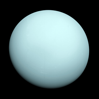 Voyager 2 image of Uranus shows a hazy bluish color